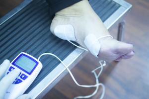 足裏への電気刺激